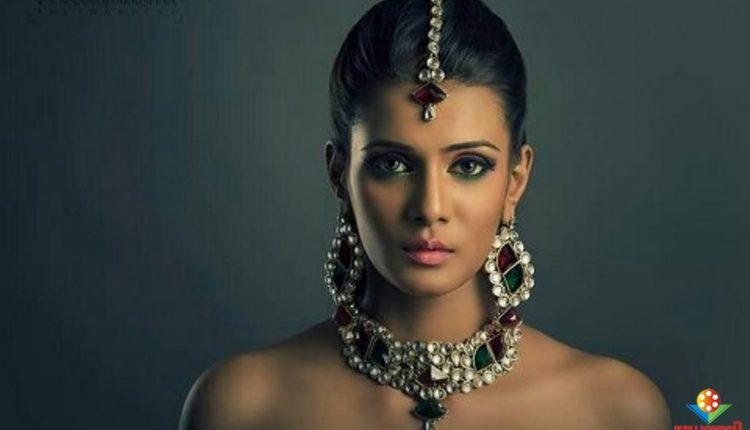 #ActressMeeraMitun (9)